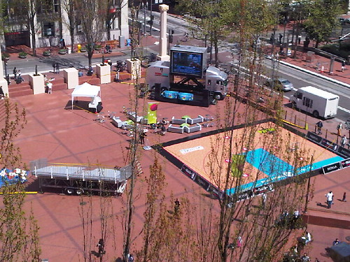 Portland Trail Blazers screen in Pioneer Square
