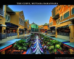 HDR: The Curve, Mutiara Damansara (SangPhotographer) Tags: sunset shopping hometown malaysia bazaar sales kopitiam hdr selangor thecurve wts mutiaradamansara anawesomeshot colorphotoaward colourartaward 5dmarkii mhaj sangphotographer mohdhairiakmaljaafar 2035lf28 senaja