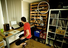 Nothing is more important than your work area (PandaZam!) Tags: records desk nike recordplayer fixie 365 speakers specialized langster macbook 3365