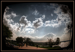 Optik (MISTER YELLOW) Tags: sky white yellow clouds way himmel wolken mister weiss 2009 weg steinhude optik
