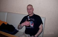 markus000 (SkinHH) Tags: guy beer boots skinhead skinheads