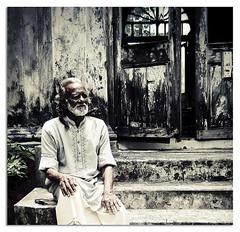 Remember a day when my world was colored too ! (~KaKTaRuA~) Tags: world old man wall asia day remember quality rusty nostalgia colored bangladesh surroundings bangla oldish ashraf saarc kaktarua olympusfe290 adrinnesmagicaltour