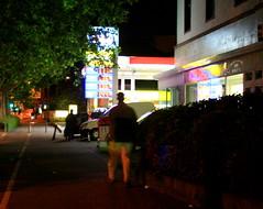 Frankfurt//Main, Juni 2009 (Spiegelneuronen) Tags: frankfurtmain lichter sachsenhausen tankstelle
