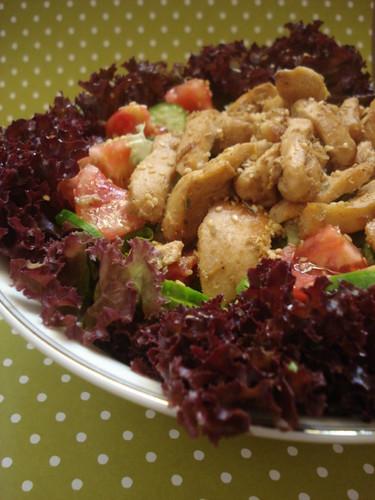 soya soslu tavuklu salata