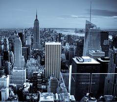Gotham City new york ny empire state manhatan chyrsler rockefeler hudson sun bw comic (Gonseras) Tags: gotham city nhatan desde el rockefer center view manhatan from rockeler 5photosaday