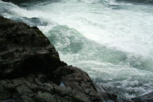 river_falls_above