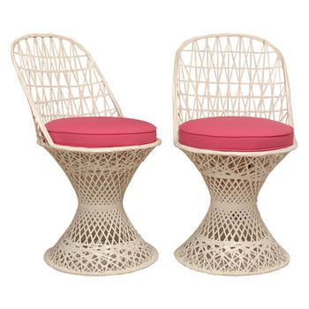 pieces fiberglass chairs