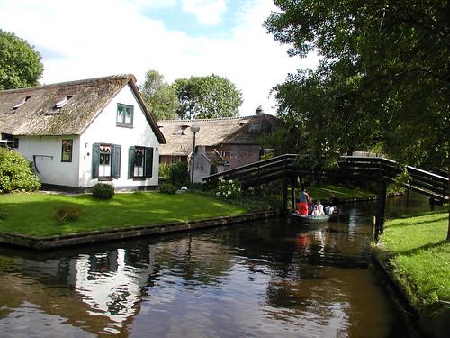 bar, canals, Giethoorn, Holland, Netherlands, restaurant, tourists, Travel, village, whisper boats