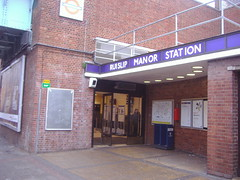 Picture of Ruislip Manor Station