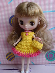 Petite Blythe Crochet Dress Colour Expression yellow/pink (to France)