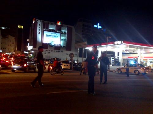 All roads leading to Perak Menteri Besar's house blocked