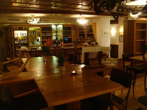Salón principal del Wine Bar