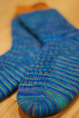 yip.51: socks (by aswim in knits)