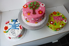 kids birthday cakes zebra apple tree pink cow (CAKE Amsterdam - Cakes by ZOBOT) Tags: birthday wedding party feest cakes cake children utrecht verjaardag cupcake childrens marzipan specialty fondant taart taarten sweetthings zoeegottehrer