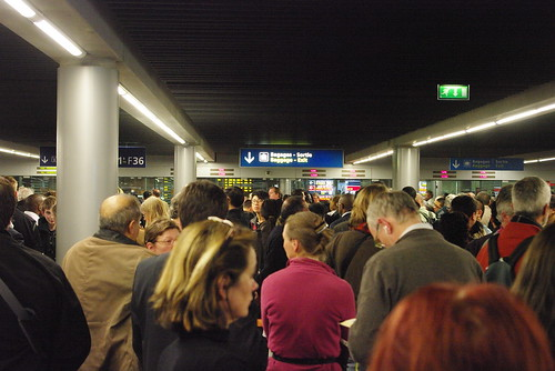 Paris-CDG Terminal 2E chaos at Passport Control