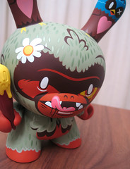 Kronk Tree Huggr Dunny (Multiple Personalities) Tags: toy vinyl collection kidrobot figure edition 1000 dunny kronk treehuggrdunny treehuggr