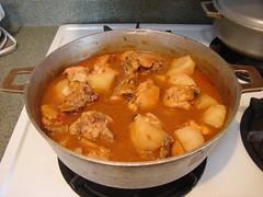 Pollo o gallina sudados