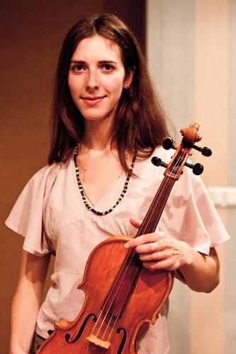 Олена Нестеровська