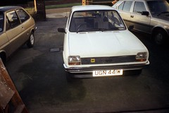 rsm 1989 08 15 1989 Car line up (robsue888) Tags: bury 1988 80s 1981 17 1989 wd 1977 1980s fordfiesta mk1 greatermanchester 11l volvo340gl