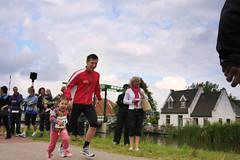 Luc begeleid door Coco (Obiw) Tags: training dam nederland running run kanaal brug tot rood 2009 hardlopen noordholland fietspad kwadijk purmerend kanaaldijk noordhollands nr6 bijman purmereend