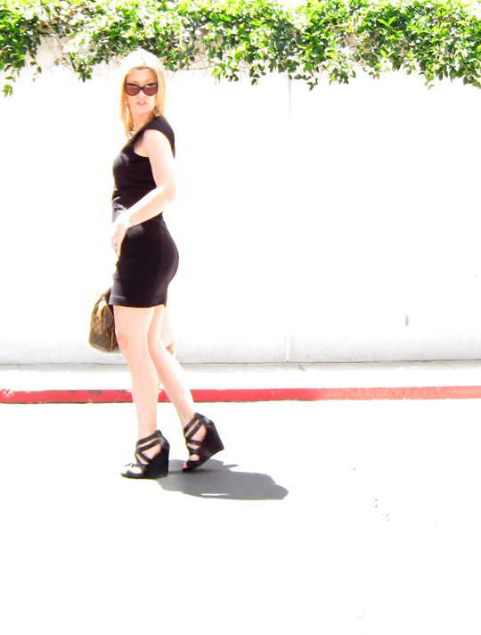 big butt+little black dress+strappy wedge sandals+legs