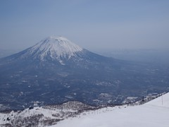 春の蝦夷富士
