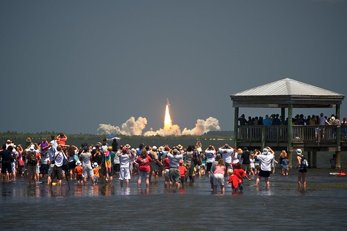 [134/365] STS-132: Atlantis Shuttle Launch