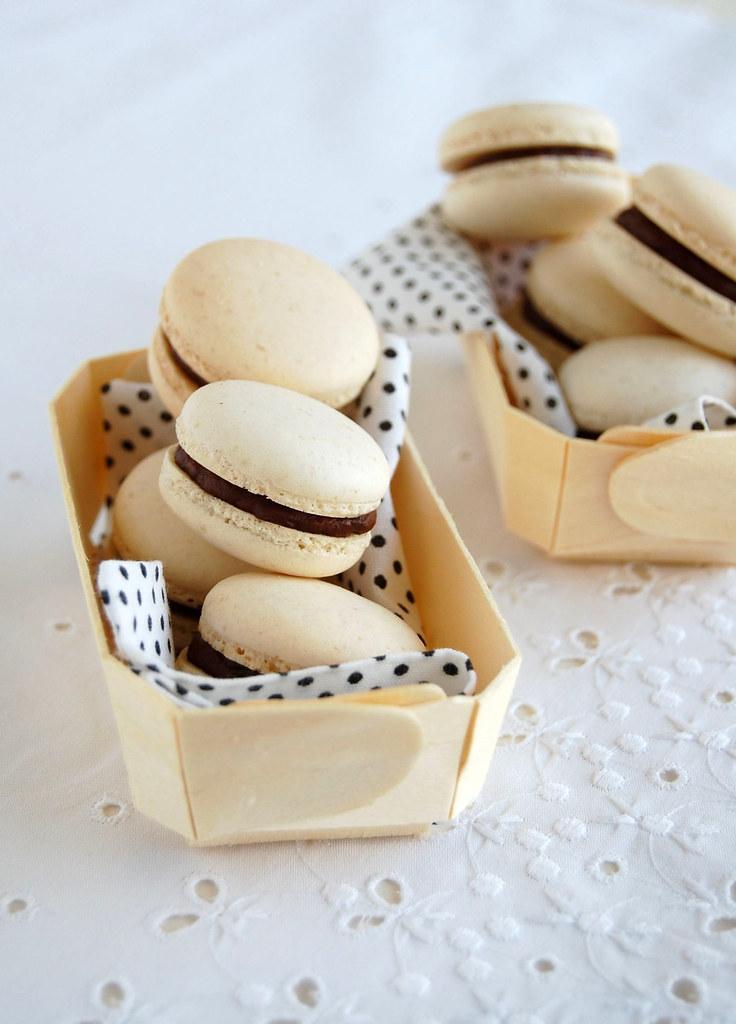 Passion fruit macarons / Macarons de maracujá