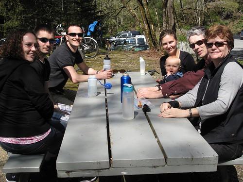 mid-ride picnic
