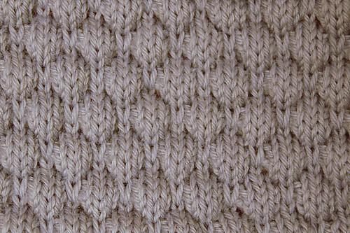 Week 6 - Drop-stitch Honeycomb | Emilee Knits