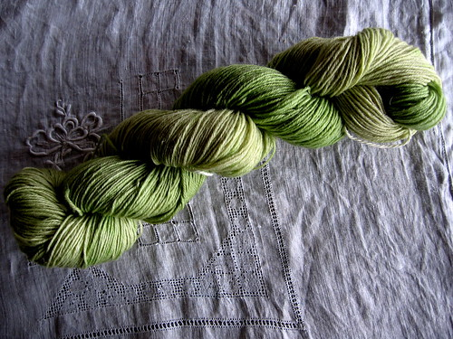 apple green sock yarn