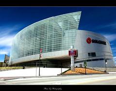 Tulsa Ok.BOK Center (EXPLORE FP) (熊.陈美芬.Phan Ly Photography.On/Off) Tags: sky oklahoma church canon photography eos photo bravo downtown texas explore 5d tulsa favs excellence phan supershot top20colorpix markll golddragon anawesomeshot citrit overtheexcellence goldstaraward goldenheartaward