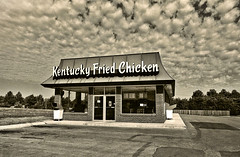 Kentucky Fried Weather (FotoEdge) Tags: usa cloud signs storm weather midwest wind kentucky kansascity missouri kfc kansas kc fried tornado powerful cottonballs fotoedge tornadoalley kentuckyfriedweather ledgecloud