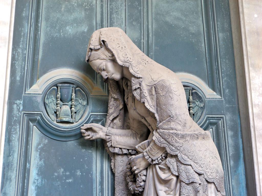 La porta dell'aldilŕ