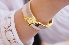 (heartbreaker [London]) Tags: pink two gold nikon gray evil queen h bracelet hermes heartbreaker d60 3333333333