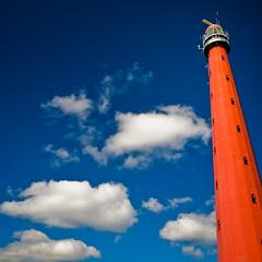 Tricolore (Allard Schager) Tags: lighthouse holland netherlands skyscape landscape nikon nederland highcontrast vivid explore 2009 vuurtoren squarecrop redhot tricolour noordholland denhelder kleurrijk 137 tricolore sigma1020mm langejaap driekleur roodwitblauw northholland d80 nikond80 1000x1000 bwpolfilter allardone allard1 duohardstrak hoogdroog builtin1877 sixteensidedstructure allardschagercom