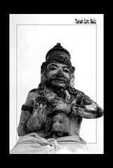 Bali_06 11 09_0270a (kamaruld) Tags: bali statue tanahlot