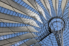 Sony Center (Roger_T) Tags: travel blue white berlin architecture buildings sonycenter architektur 2009 sonyalpha200