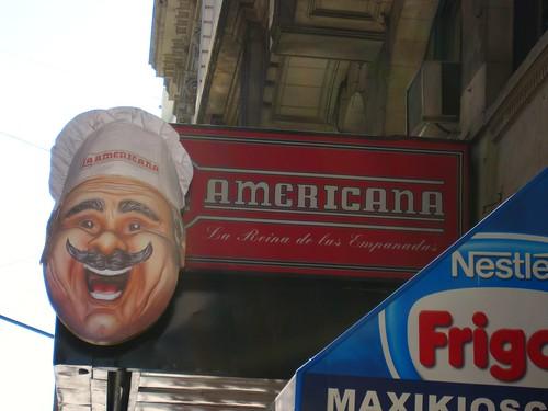 Pizzeria la Americana - La Reina de las Empanadas