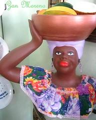 Boquinha pintada...no estilo. (Zan Moreno) Tags: boneca brinco colorida batom cestadefrutas sonhadora namoradeira conservatriarj
