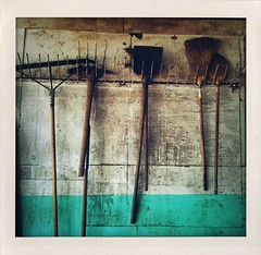 broom, shovel, hay fork (*monika) Tags: gear stall shovel stable broom 3gs brooms iphone gerte besen schaufel hayfork heugabel photogene iphoneography shakeitphoto