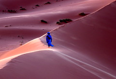 Bereber. (Victoria.....a secas.) Tags: africa desert arena explore amanecer desierto marruecos dunas bereber truthandillusion