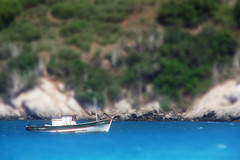 Tilt Shift II (Badger DJ) Tags: sea brazil brasil riodejaneiro boat mar miniature barco rj sony fake badger h2 miniatura tiltshift traineira
