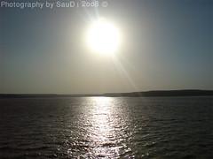Reflection of the sun (SauD Ibrahim || سعود الدخيل) Tags: شمس saud أشعة انعكاس اشعة سد سدير سدود