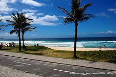 Praia da Barra da Tijuca (Roger Lovato) Tags: brazil praia rio brasil de janeiro bresil da barra tijuca brach
