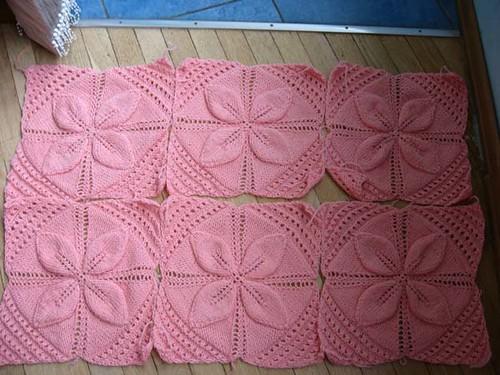 Yapraklı bebek battaniyesi modelleri