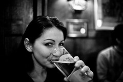 Cheers | 058.365 (Conny Lundgren) Tags: portrait bw lund beer 35mm mono blackwhite skne pub sweden 5d 365 bishopsarms canoneos5d 35l project365 canonef35mmf14lusm 365february project3661 canon5dclassic 365x2009