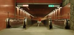 T-banan Rdhuset (le.suede) Tags: underground subway metro sweden stockholm cosina ubahn sverige d100 sucia estocolmo rdhuset tunnelbana kungsholmen 28210 cosina28210