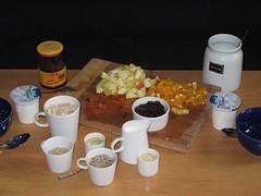 Frchtemsli daheim 1 (multipel_bleiben) Tags: essen frhstck obst vegetarisch