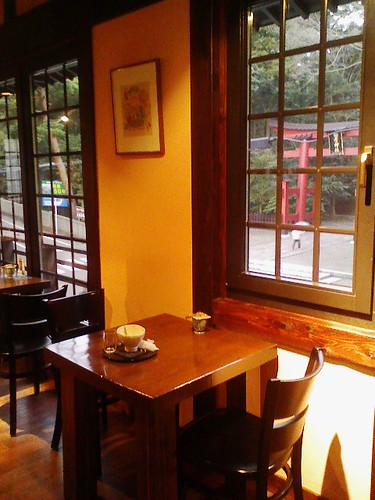 弥彦のカフェ